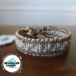 Reversible Striped Hemp Bracelet